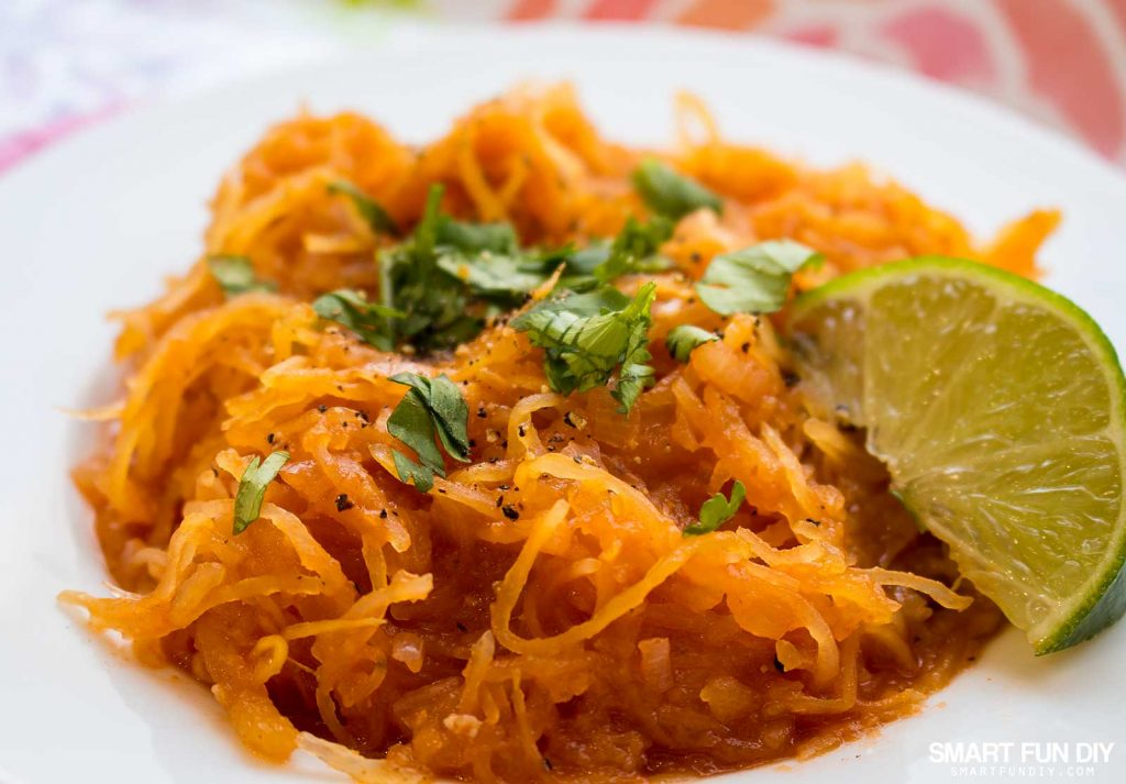 VEGAN sopa de fideo recipe - excellent conversion of this traditional Mexican food dish using spaghetti squash instead of pasta. Get all the ingredients at 99 Cents Only Stores for under $10, including produce. #doingthe99 #99YourMothersDay