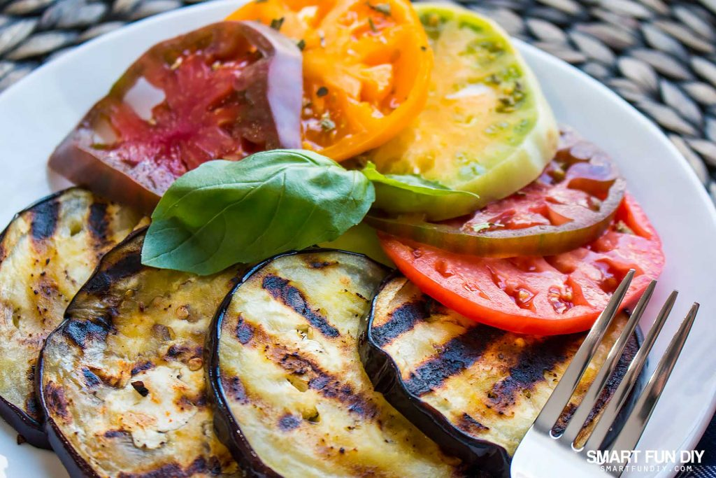 DELISH grilled eggplant and heirloom tomato salad recipe https://www.smartfundiy.com/mothers-day-lunch-grilled-eggplant/ #SoWorthIt