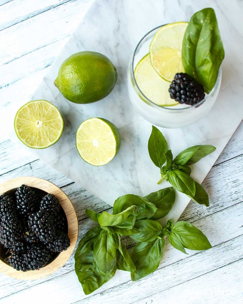 5 ways to change your weight loss mindset -- add fresh herbs, berries and citrus to plain water to make infused water #NeuroGymFit #CollectiveBias