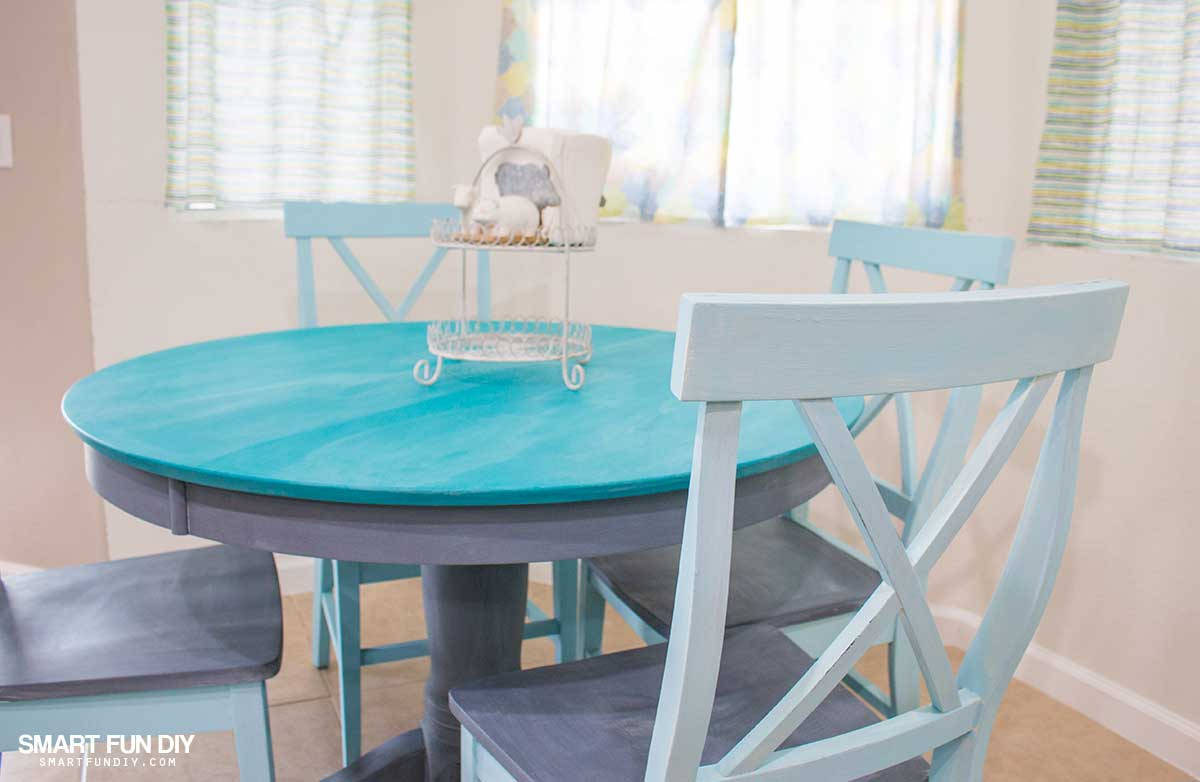 chalk paint table makeover rh smartfundiy com chalk painted tables pinterest chalk painted tables for sale
