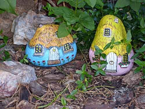 painted rocks fairy garden