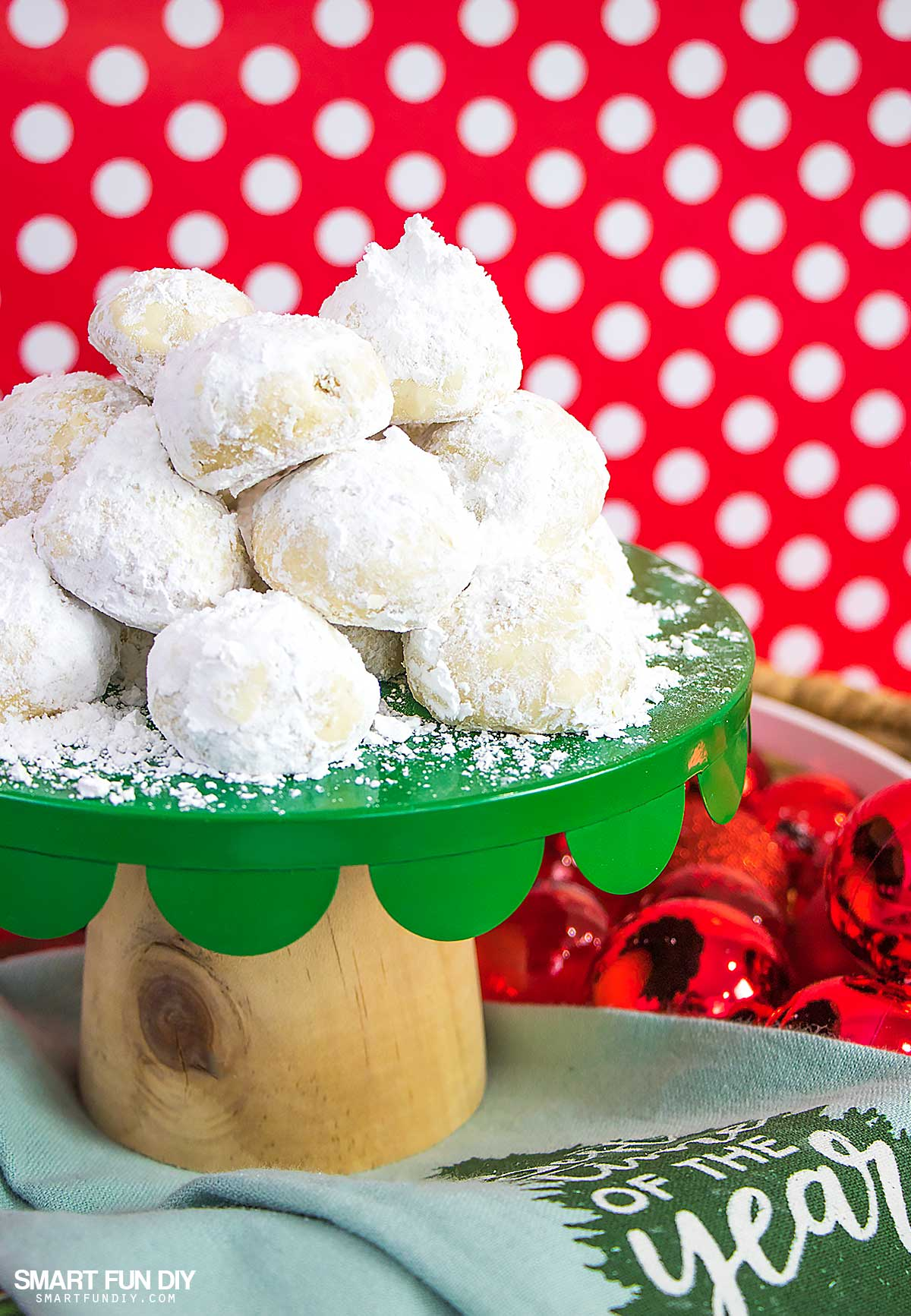 Mexican Wedding Cakes Recipe Or Russian Tea Cakes Cookies