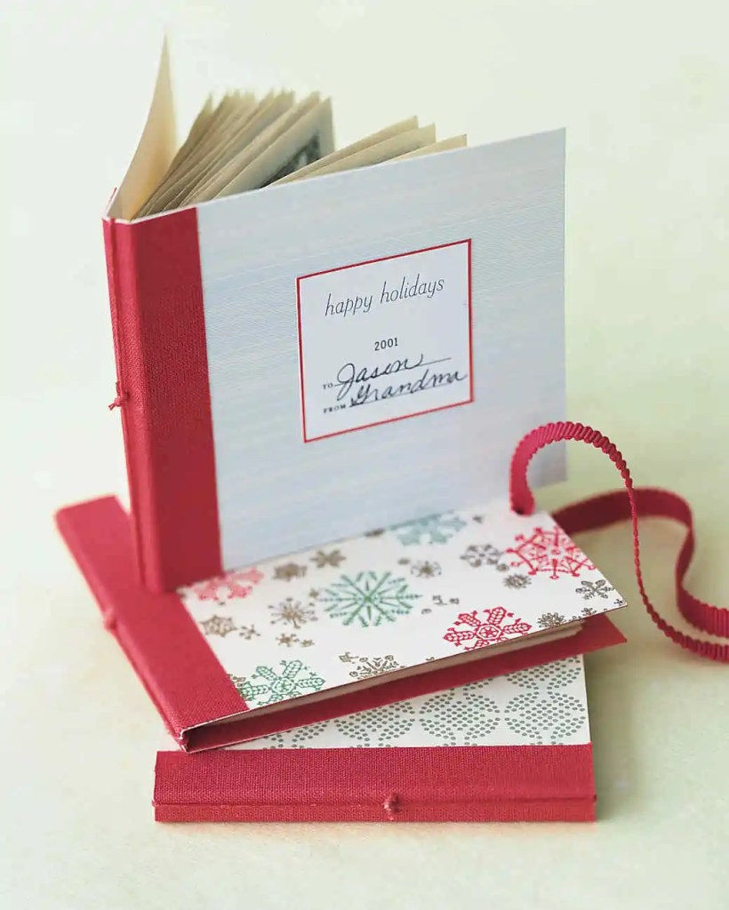 120-Creative-Ways-To-Give-Gift-Cards-And-Money-Smart-Fun-DIY #giftcardsideas- #christmasideas