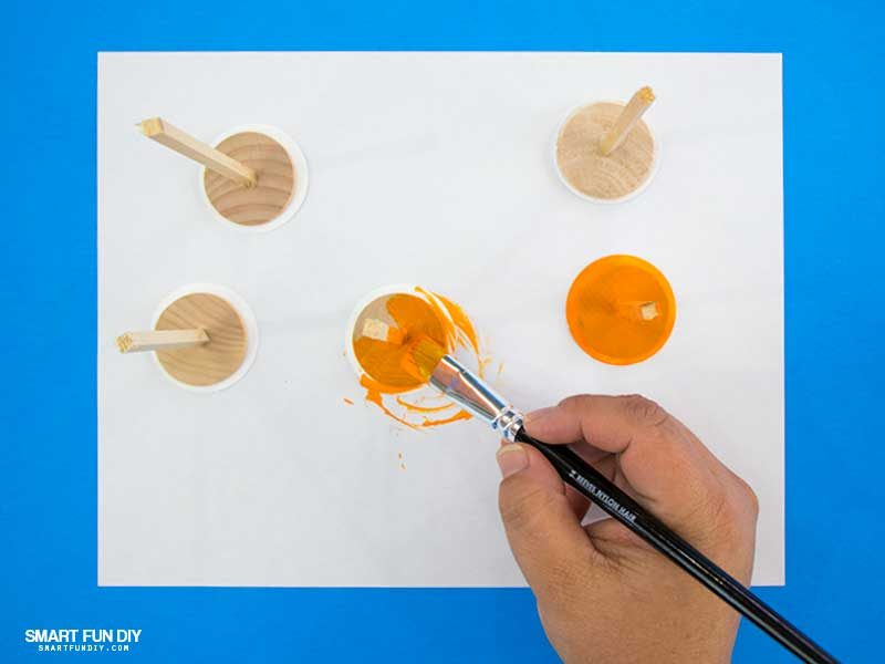 Painting plungers for DIY confetti poppers