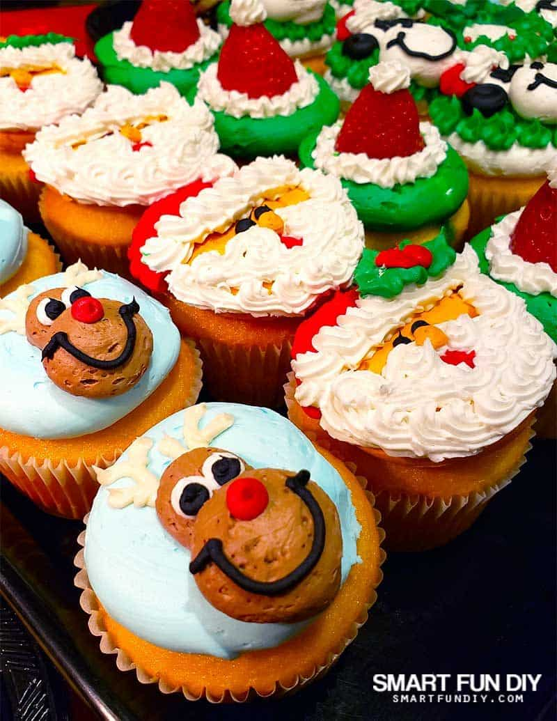 Christmas Cupcakes at Knott's Merry Farm