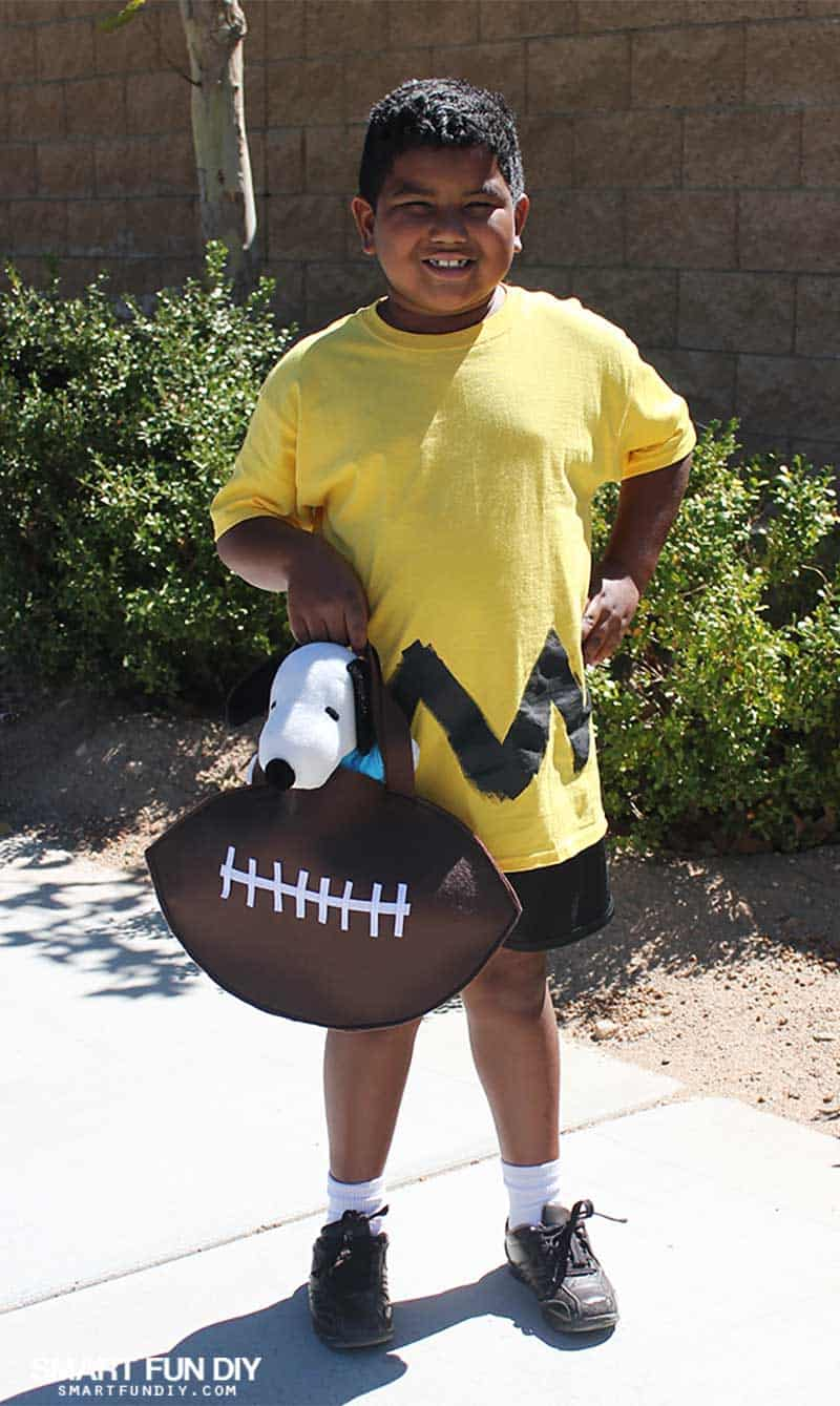 DIY Charlie Brown Costume for Charlie Brown Day Knott's PEANUTS Celebration
