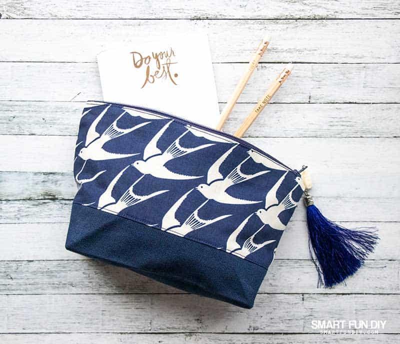 DIY fabric makeup bag with Cricut maker