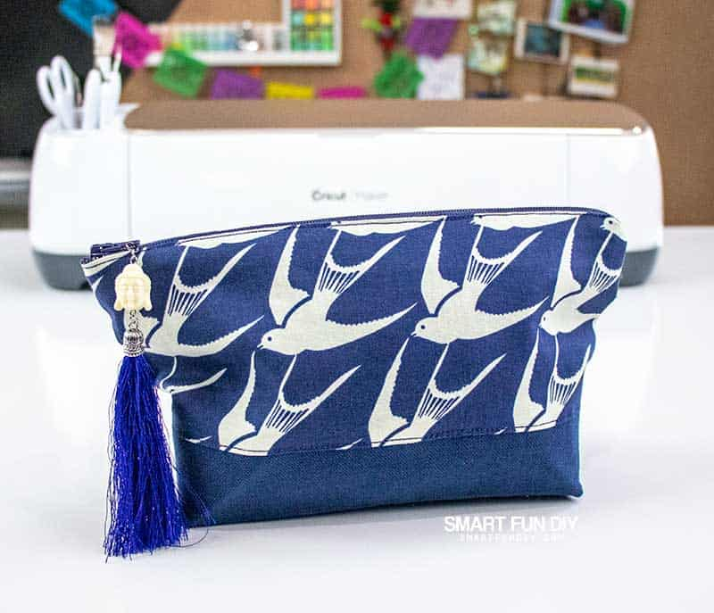 Makeup bag created with Cricut Maker