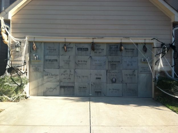 Halloween Home & Garage Decorations