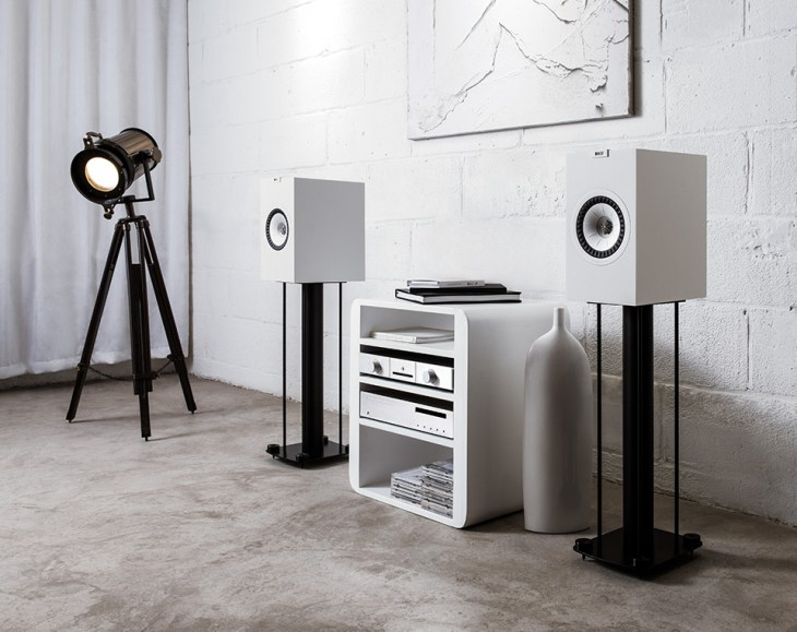KEF Q350 Bookshelf Speaker (pair) | Smart Home Sounds