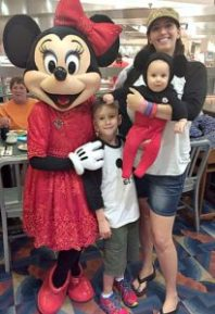 At Minnie's Holiday Dine