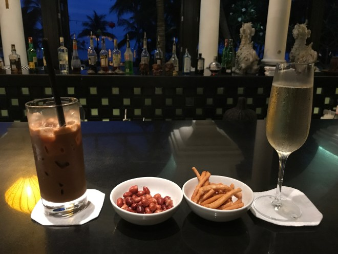 Intercontinental Danang, Coffee and Prosecco