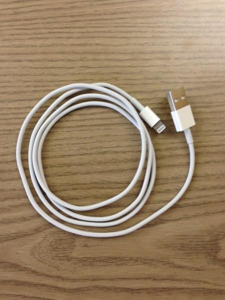 Das bestellte Lightning-to-USB-Kabel ist da