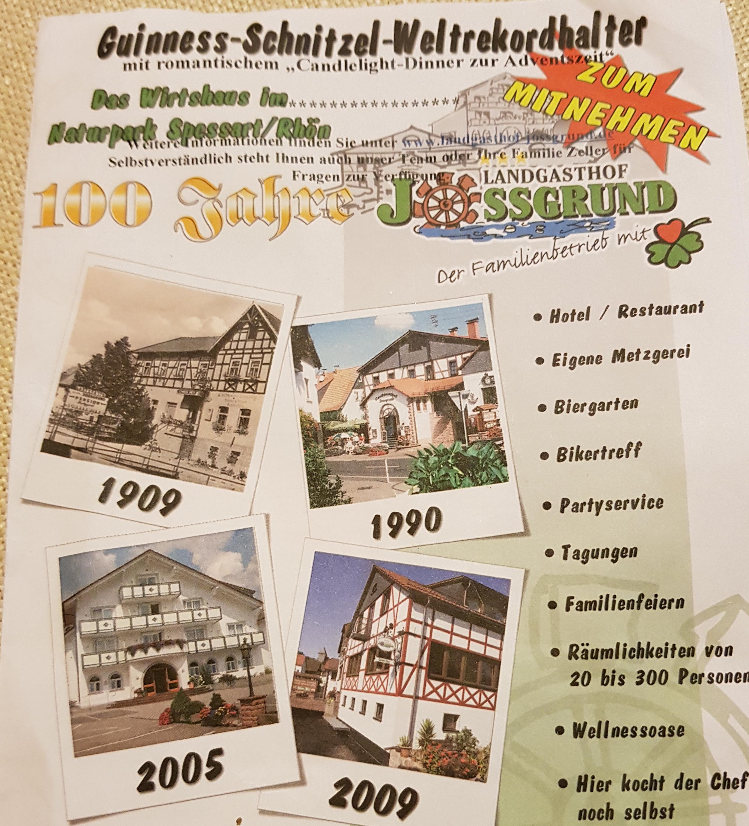 Der Landgasthof Jossgrund wirbt mit dem Schnitzel-Weltrekord