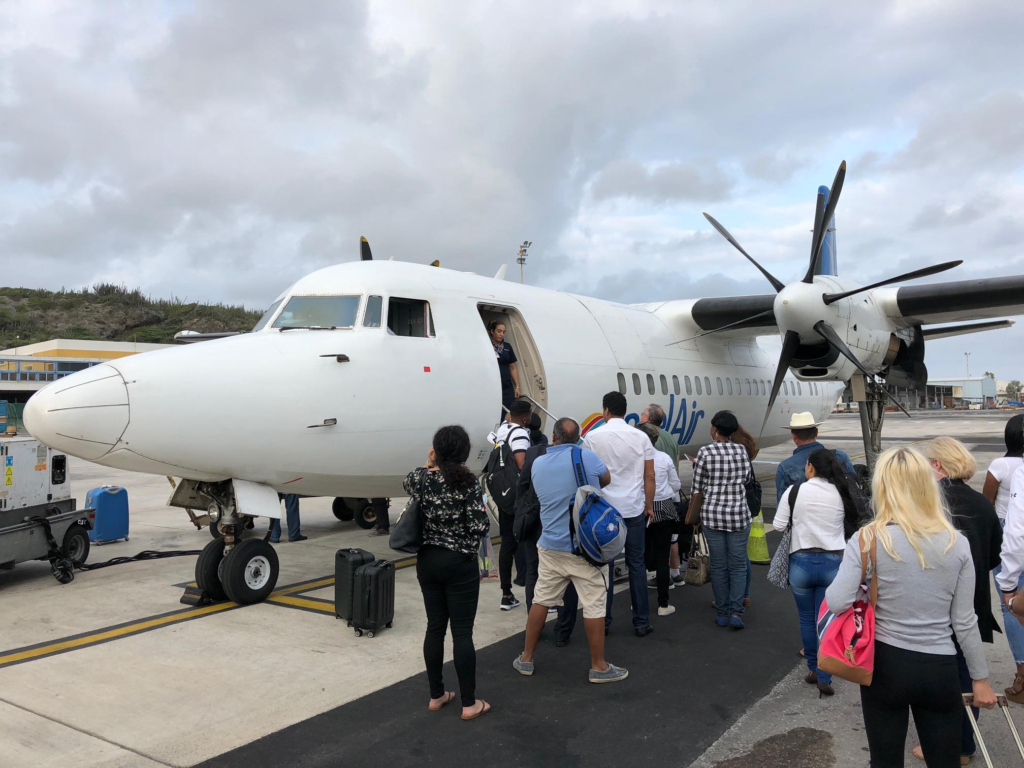 Fokker-50-Maschine von Insel Air