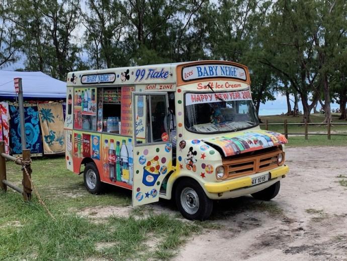 Mobile Eisverkäufer findet man an jedem Strand (Foto: SmartPhoneFan.de)
