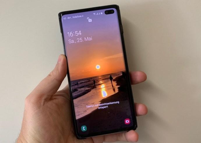Das Display des Samsung Galaxy S10+ ist Referenzklasse (Foto: SmartPhoneFan.de)