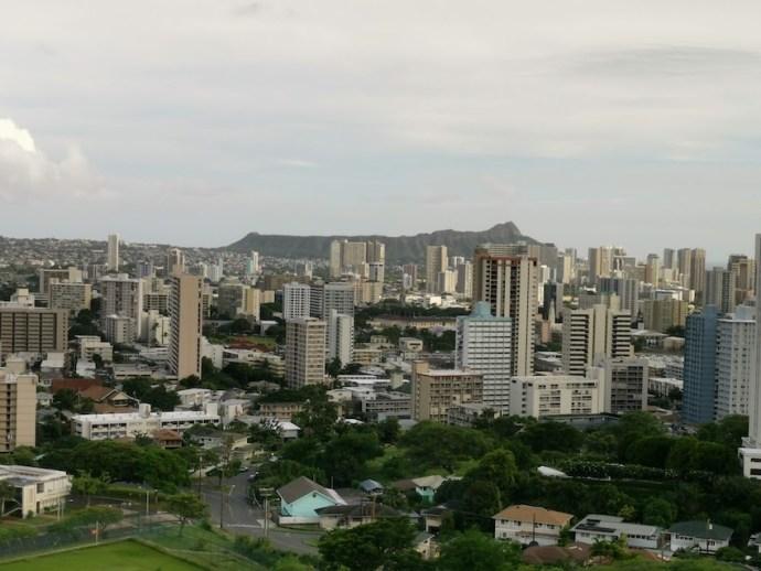 Blick über Honolulu bis zum Diamond Head (Foto: SmartPhoneFan.de)
