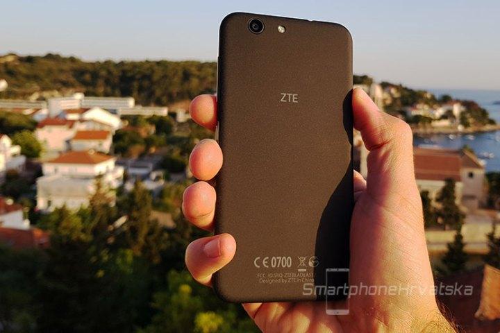 ZTE Blade A512 recenzija