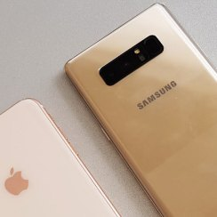 iPhone 8 Plus vs. Galaxy Note8 - Dvoboj kamera