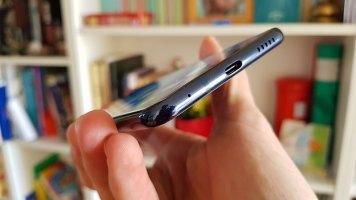 LG V30 recenzija (12)