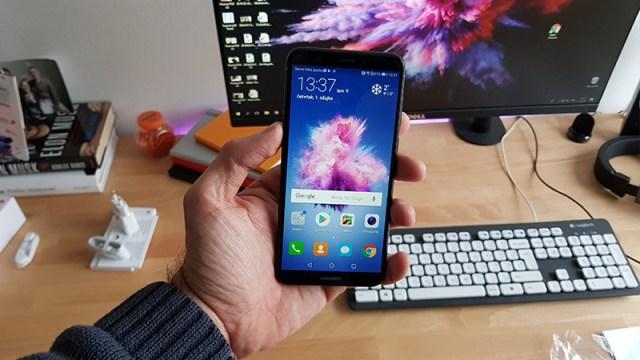 Huawei P smart - Unboxing i prvi dojmovi