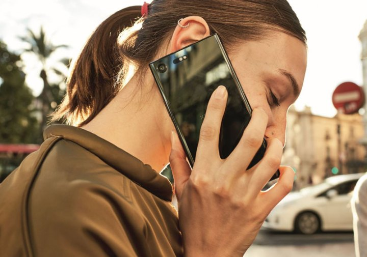 Iz HT-a nam danas javljaju kako su kao prvi u Hrvatskoj omogućili VoWiFi uslugu, odnosno telefoniranje putem Wi-Fi mreže.