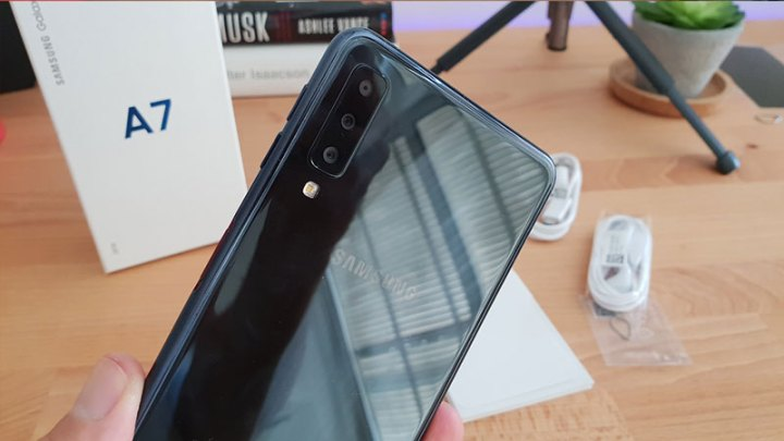 GALAXY A7 2017 UNBOXING