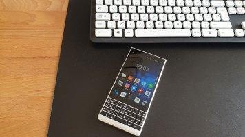 BlackBerry Key2 Recenzija (14)