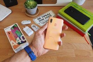 Samsung Galaxy A40 - Unboxing i prvi dojmovi