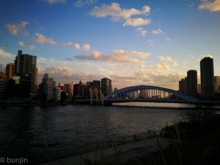 永代橋の夕暮れ