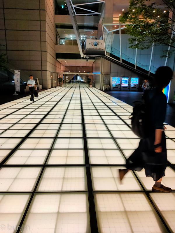 Corridor of light