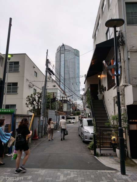 Roppongi back alley