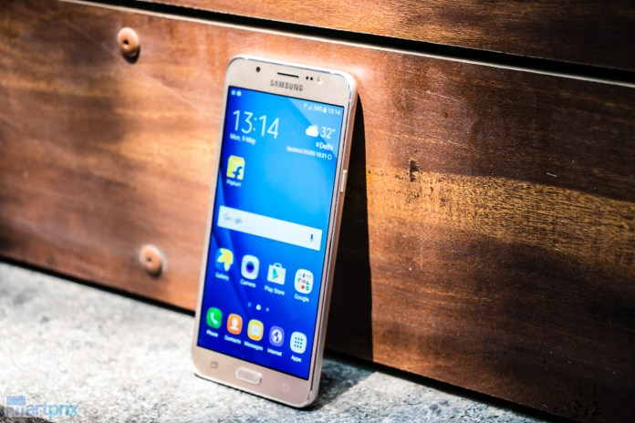 Samsung-Galaxy-J7-(2016)-in-India--11