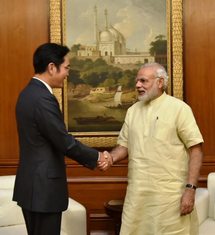 The Vice Chairman, Samsung Electronics, Mr. Jay Y. Lee calls on the Prime Minister, Shri Narendra Modi, in New Delhi on September 15, 2016