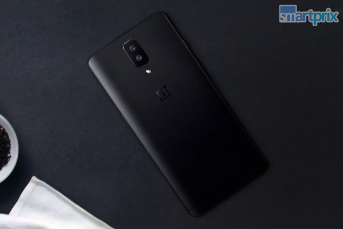 OnePlus 5 with dual camera