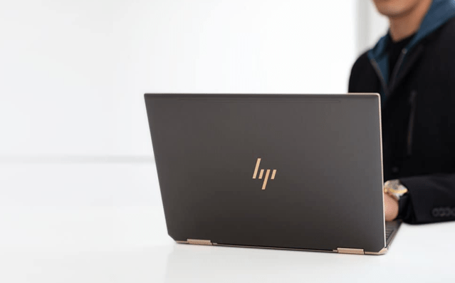 HP Spectre and HP Envy 15.6-inch AMOLED display