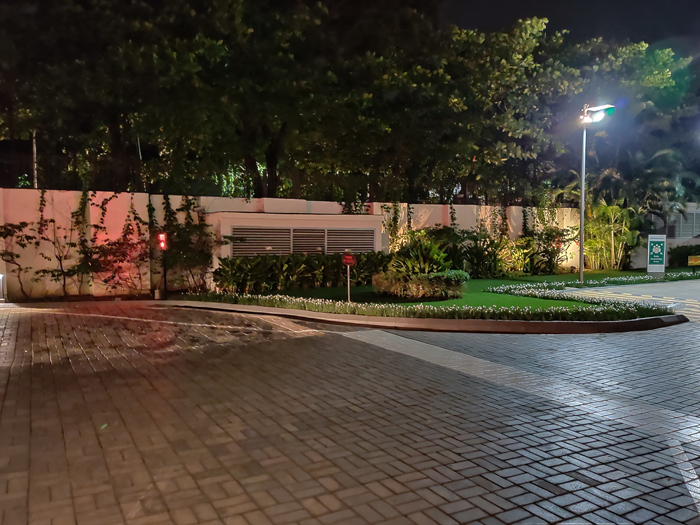 OnePlus 7 Pro Camera sample image in low light conditions
