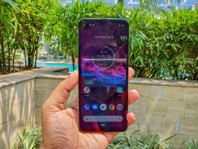 Hands on: Motorola One Action Review - Smartprix Bytes