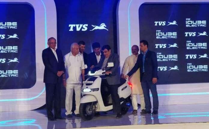 TVS mühərrikləri sc -dən başlayaraq iQube scooter ilə elektrik seqmentinə daxil olur1.15 lax 1