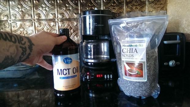 Novi Novak MCT Oil And Chia Seeds