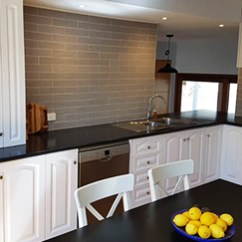 Kitchen Resurfacing Black Rug And Bathroom Specialist Experts In Canberra Nsw