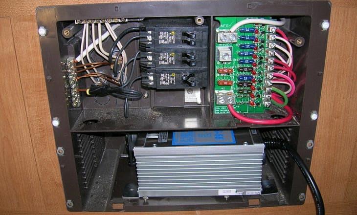 Circuit Diagram Also Dc Voltage Inverter Circuit Also Buck Converter