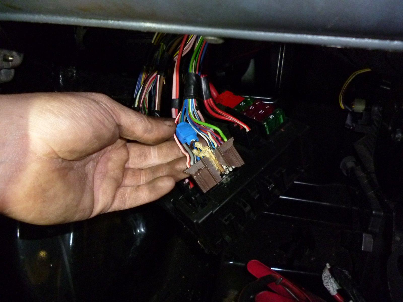 hight resolution of repair to smart roadster headlight wiring