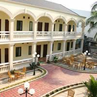 Laos stays, Mali Namphu