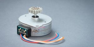 4-wire Bipolar Stepper Motor