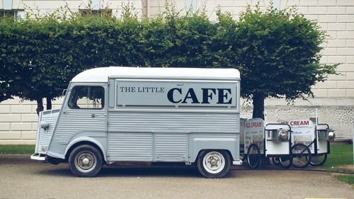 Cafe on a wheel