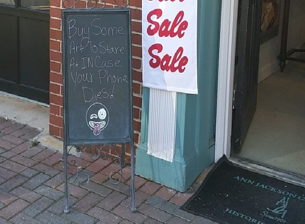 IMAGE_Roswell Town Square Ann Jackson Gallery Sidewalk Chalkboard
