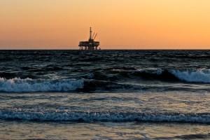 oil rig level sensors for effective oil spill
