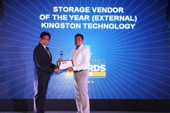 MR. SANJIB MOHAPATRA IS GIVING AWAY THE AWARD OF STORAGE VENDOR OF THE YEAR KINGSTON TECHNOLOGY